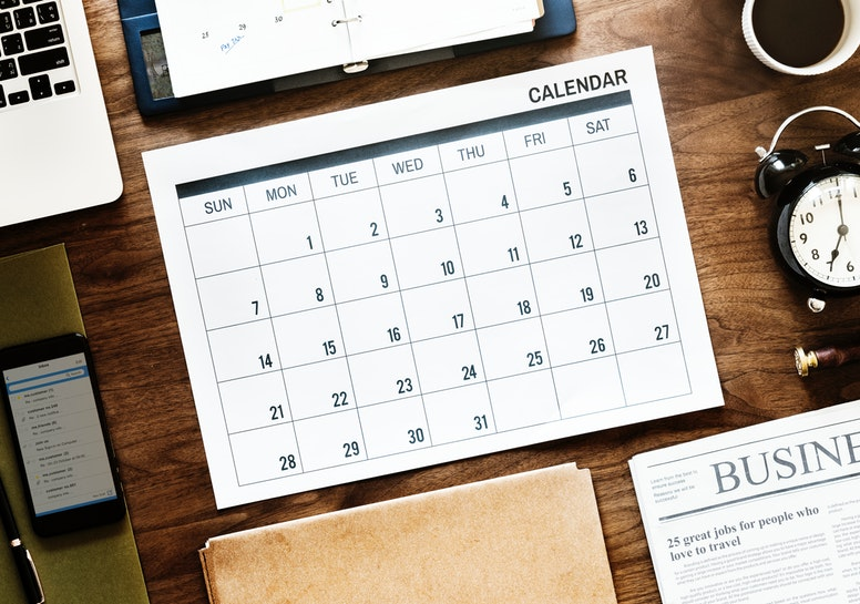 Blank calendar on desk top